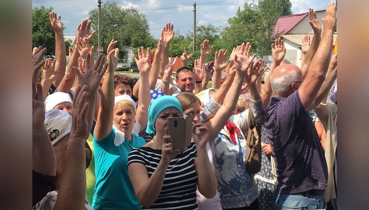 Community of Morozovka village reaffirms its loyalty to